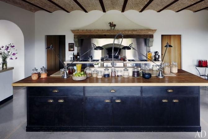 Castello di reschio our menu - Transformer une cheminee rustique en contemporaine ...